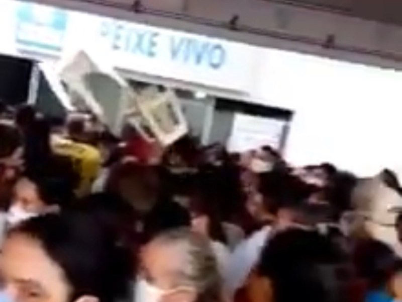 População de Boca do Acre ignora isolamento social para receber os R$ 600 de auxílio emergencial