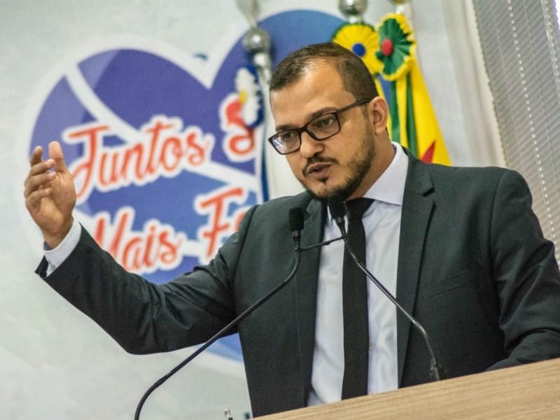 """""""Não adianta emitir decreto proibitivo se não tem conscientização e fiscalização"""", alerta Forneck"""