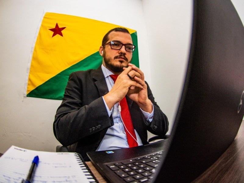 Rodrigo Forneck sugere  que Gladson Cameli ouça todos os setores religiosos