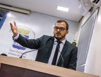 Projeto de Lei de Rodrigo Forneck que suspende prazos de concursos municipais durante a pandemia é aprovado