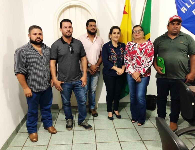 Ao tentar legitimar PL da desafetação, deputada reforça apoio dos maiores desmatadores da Resex Chico Mendes