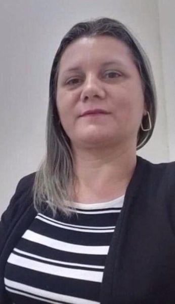 Pré-candidata a prefeita de Xapuri, esposa  do deputado Antônio Pedro tirou do ar vídeo em que aparece com Lalau Júnior