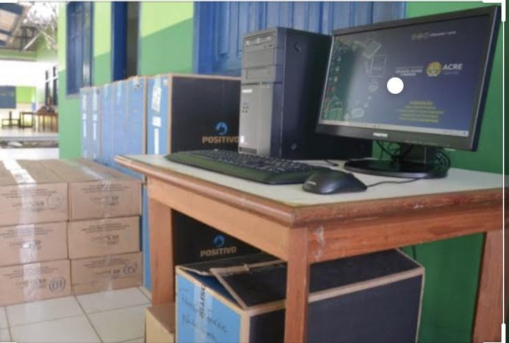 Denúncia feita no Portal do Rosas sobre compra de computadores na Educação termina com prisão de empresário e ex-secretário