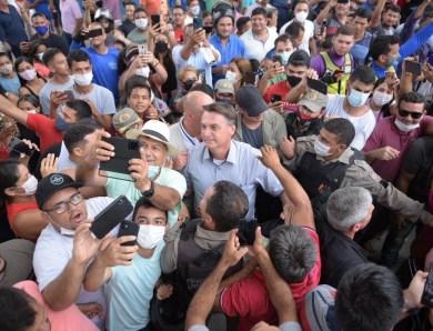 MPF e MPAC pedem responsabilização de Bolsonaro e comitiva por crimes contra a saúde pública durante visita ao Acre