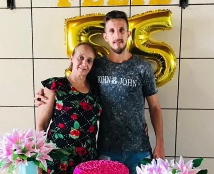 Lateral Alfredo, ex-Galvez, perde a mãe para a covid-19