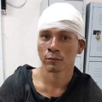Homem é agredido e preso após ser acusado de se masturbar para menina em coletivo