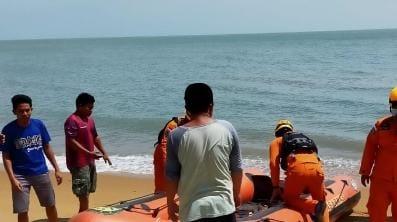 Tercebur ke Laut, Haldi Hilang Terbawa Arus, Tim Gabungan Masih Mencari