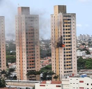 Incêndio atinge apartamento em prédio residencial na Zona Sul de Natal