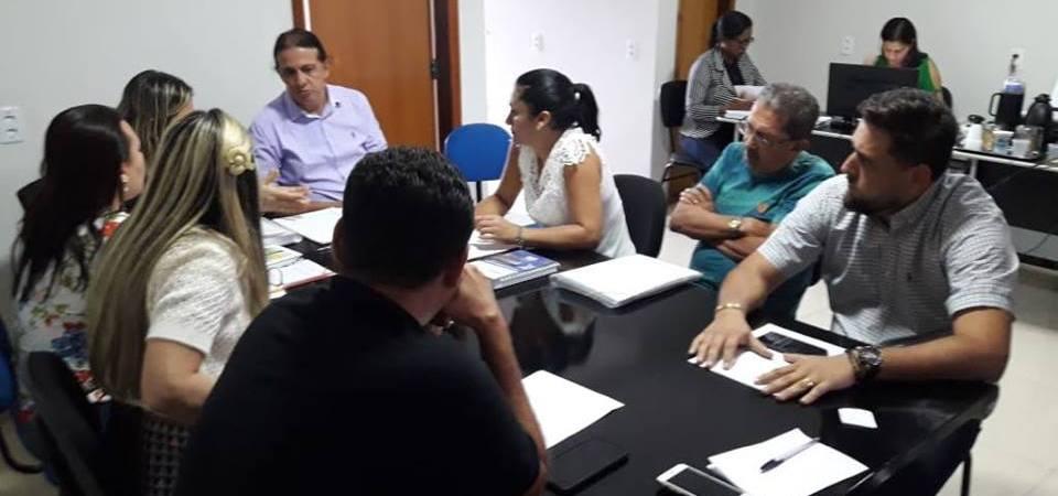 Coordenadora da CIR se reúne com Prefeito de Caxias para tratar de suspensão de atendimento em Maternidade
