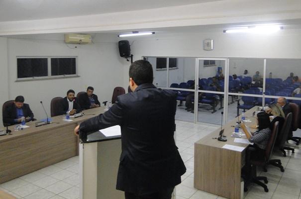 Vereador Rafael Cruz apresenta PL de Unificação Voluntária de Matrículas para Professores da Rede Municipal