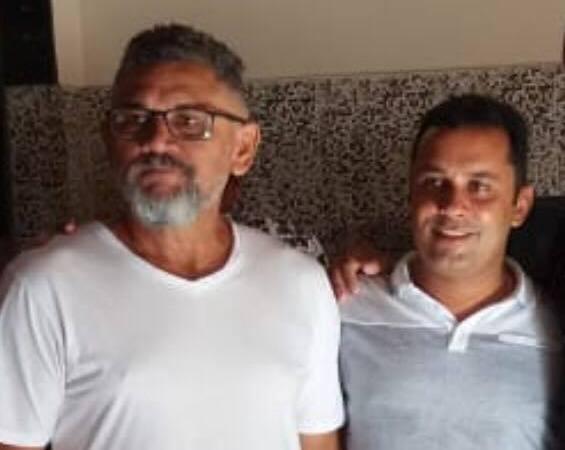 Prefeito de Afonso Cunha concede longa entrevista para emissora de rádio ligada a oposição
