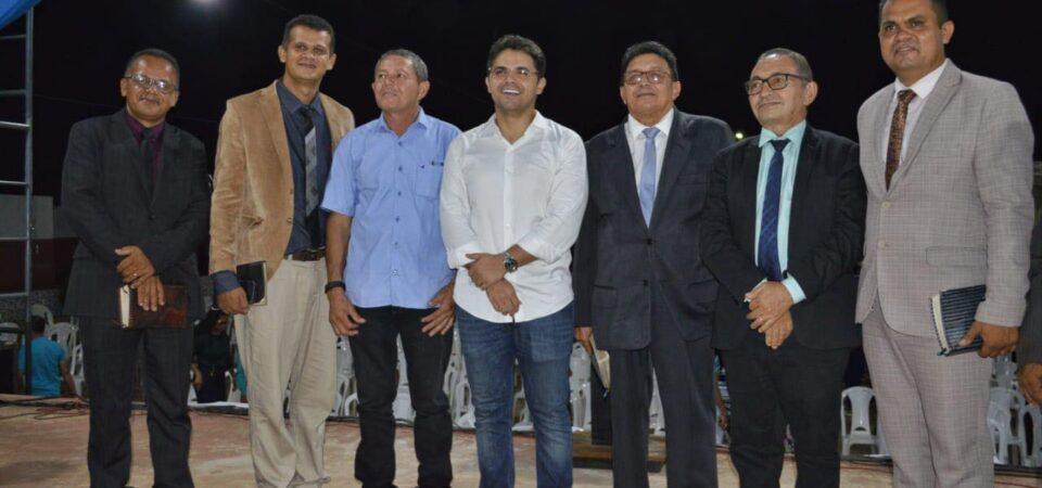Culto em Ação de Graças celebra vitória do prefeito eleito Bruno Silva em Coelho Neto