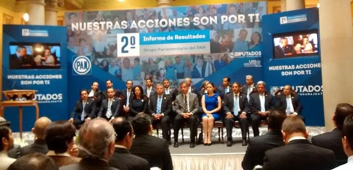 Rinden diputados locales del PAN segundo informe de labores