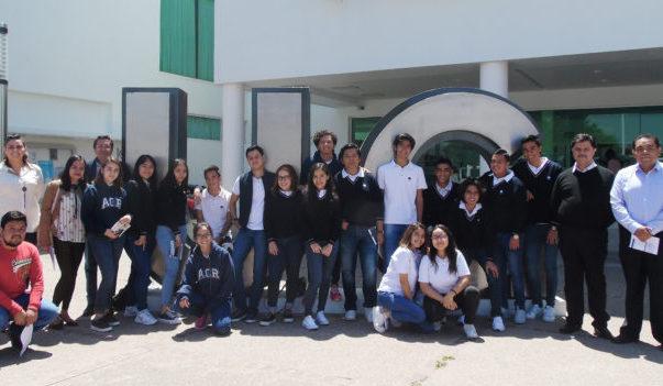Jóvenes de León y Cortazar ganan visión de futuro en la División de Ingenierías