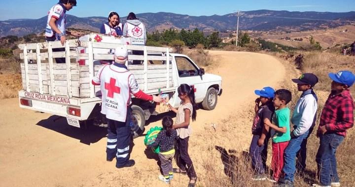 Pide Cruz Roja juguetes para donar a niños en la Sierra