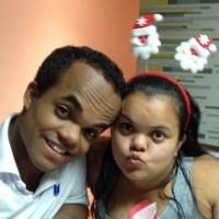Mulher do Anão Marquinhos publica fotos do filho nas redes sociais