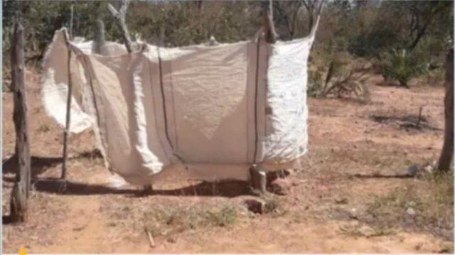 ABSURDO: Pais de alunos improvisam banheiro de lona em escola no Piauí 2