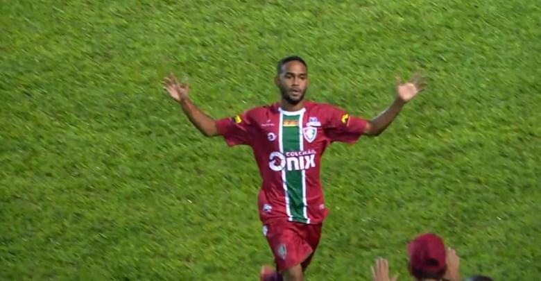 """Feliz após fazer gol no Corinthians, jogador do Flu-PI """"vibra"""" mesmo com derrota: """"Nada perdido"""" 1"""