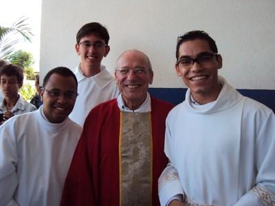 Querido Padre Luiz Miguel Duarte