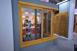 janela-de-correr-90-graus-esquadrias-de-madeira -SP