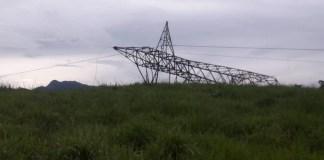 Torre desaba e Castelo, Iúna,Muniz Freire e Venda Nova ficam sem energia