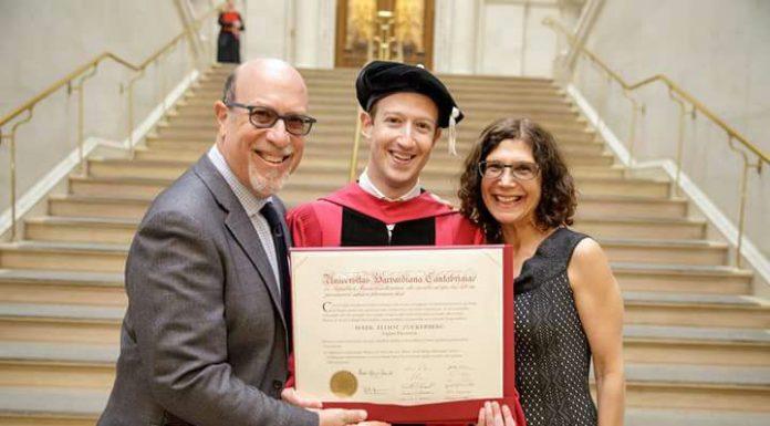 Mark Zuckerberg, dono do Facebook termina a sua licenciatura só agora - Veja
