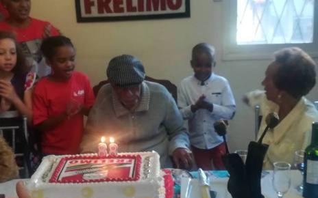 Marcelino dos Santos, tido como um dos pilares da FRELIMO, comemorou no passado dia 20 de Maio o seu Octogésimo oitavo (88) aniversário.