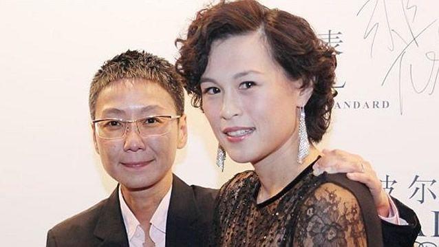 Pai bilionário oferece 314 milhões de reais para homem que seduzir sua Filha Lésbica, O playboy Cecil Chao de Hong Kong ficou famoso depois de oferecer 132m