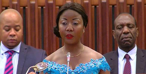 Ivone Soares diz que Filipe Nyusi deveria reler diariamente as promessas que fez no empossamento para analisar o nível de incumprimento.