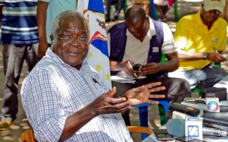Refira-se que o MDM formulou o convite para o partido RENAMO mas não se fez representar. A FRELIMO se fez representar por Samuel Massango, Chefe do Departamento de Organizações Sociais do Comité Central da Frelimo.