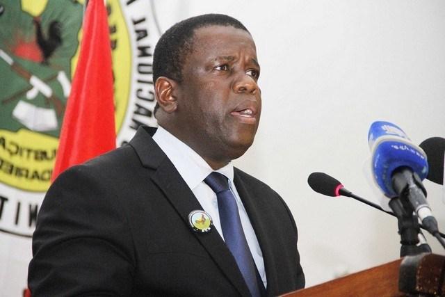Em conversa via telefone ao canal Soico Tv, o líder do Movimento Democrático de Moçambique ( MDM), Daviz Simango negou o que tem se dito nas redes sociais