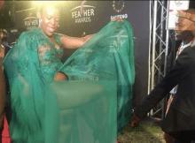 zodwa wabantu mostra demais num evento