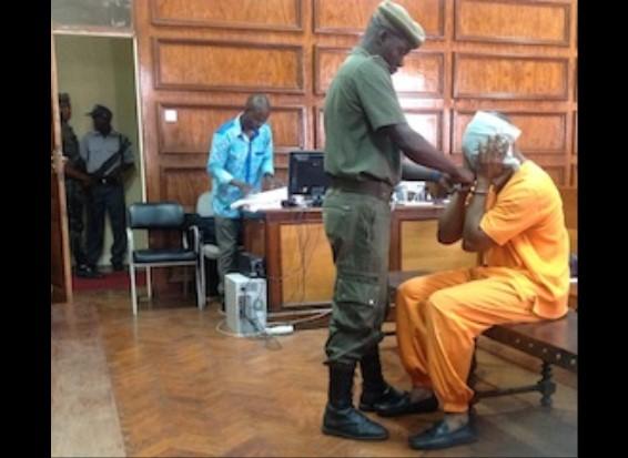 Perícia da medicina legal complica situação de Zófimo Muiuane no tribunal