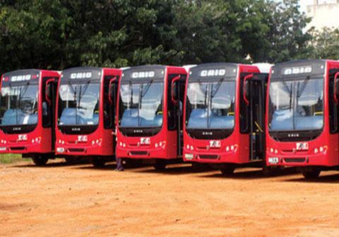 A informação foi avançada ontem pelo Ministro dos Transportes e Comunicações, Carlos Mesquita, para quem os autocarros vão ajudar a minimizar o problema de transporte