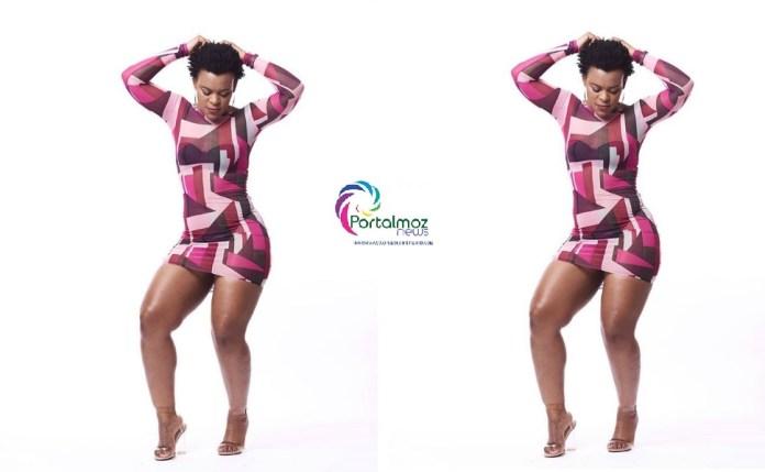 A dançarina sul-africana, Zodwa Wabantu, conhecida pelo seu jeito peculiar e controverso de fazer espetáculos públicos mostrando partes íntimas, foi proibida e mandada de volta à África do Sul.