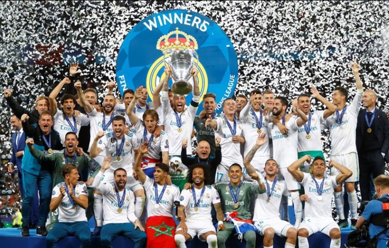 O Real Madrid conquistou pela terceira vez consecutiva a Liga dos Campeões de futebol, ao vencer o Liverpool, por 3-1, na final disputada em Kiev