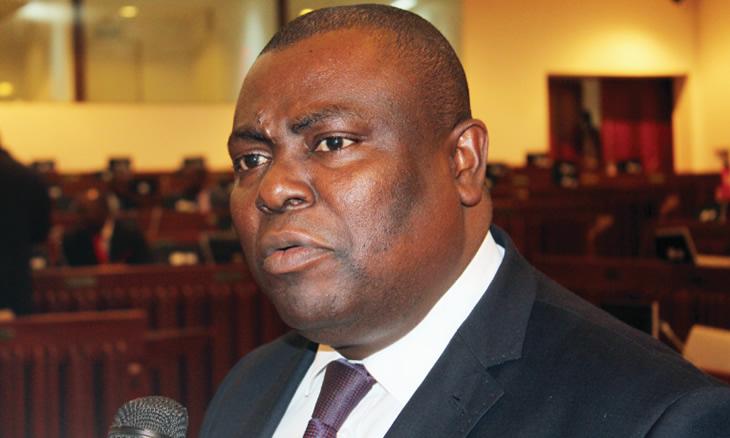 O Porta-voz do MDM na Assembleia da República, Fernando Bismarque, é o cabeça de lista do partido nas eleições autárquicas de dez de Outubro em Nampula