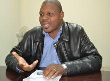 O Director do Semanário Dossier's & Factos, o jornalista Serôdio Towo, está a receber fortes ameaças de morte.
