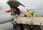 """Um voo (de carga) com suprimentos humanitários do """"Humanitarian Response Depot (UNHRD)"""" em Dubai chegou ontem (domingo) à cidade da Beira com 22 toneladas de biscoitos Nações Unidas"""