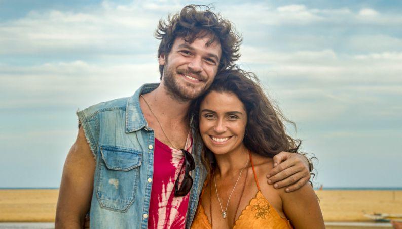 Beto (Emilio Dantas) e Luzia (Giovanna Antonelli) em Segundo Sol