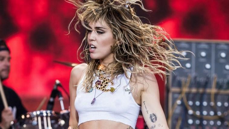 Miley Cyrus revela que está trabalhando em um álbum com músicas do Metallica