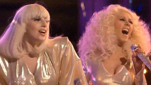 Perez Hilton revela em sua autobiografia que o ponto mais baixo de sua carreira foi boicotar Christina Aguilera para ajudar Lady Gaga