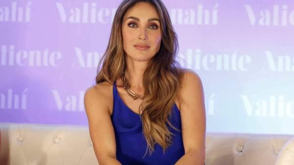 Anahí diz que foi infectada pelo coronavírus durante live do RBD