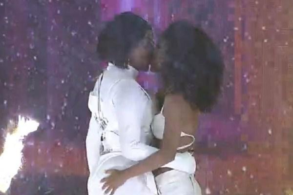 ludmilla beija esposa na frente de rodolffo bbb21