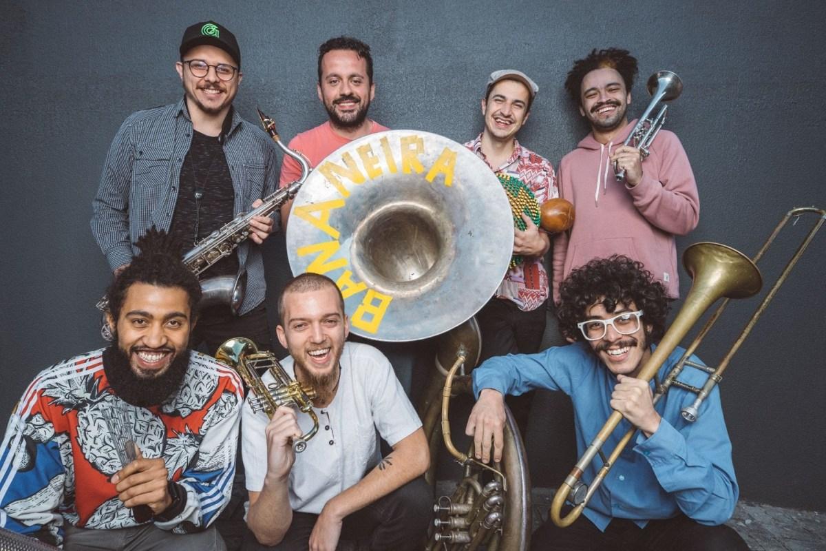 """""""Feira Livre:"""" Cheio de brasilidade, Brass Band de Curitiba lança seu primeiro álbum"""