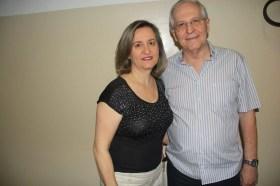 A fisioterapeuta Maria Petronilha Pigossi e seu marido Roberto Pigossi, na coluna de hoje