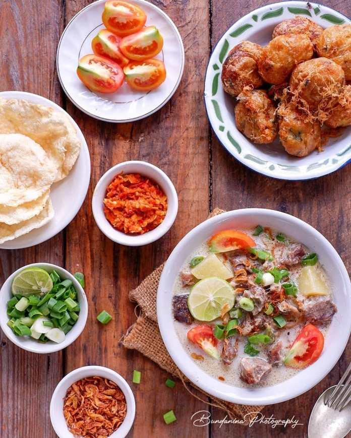 Info kuliner SOTO BETAWI LAGI Ala @bundnina kitchen Assalamualaikum Kenapa soto