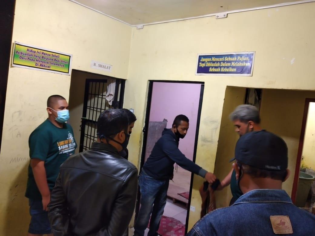 IPW  Minta Mantan Pejabat Negara Tidak Intervensi Perkara Pemukulan 2 Prajurit TNI