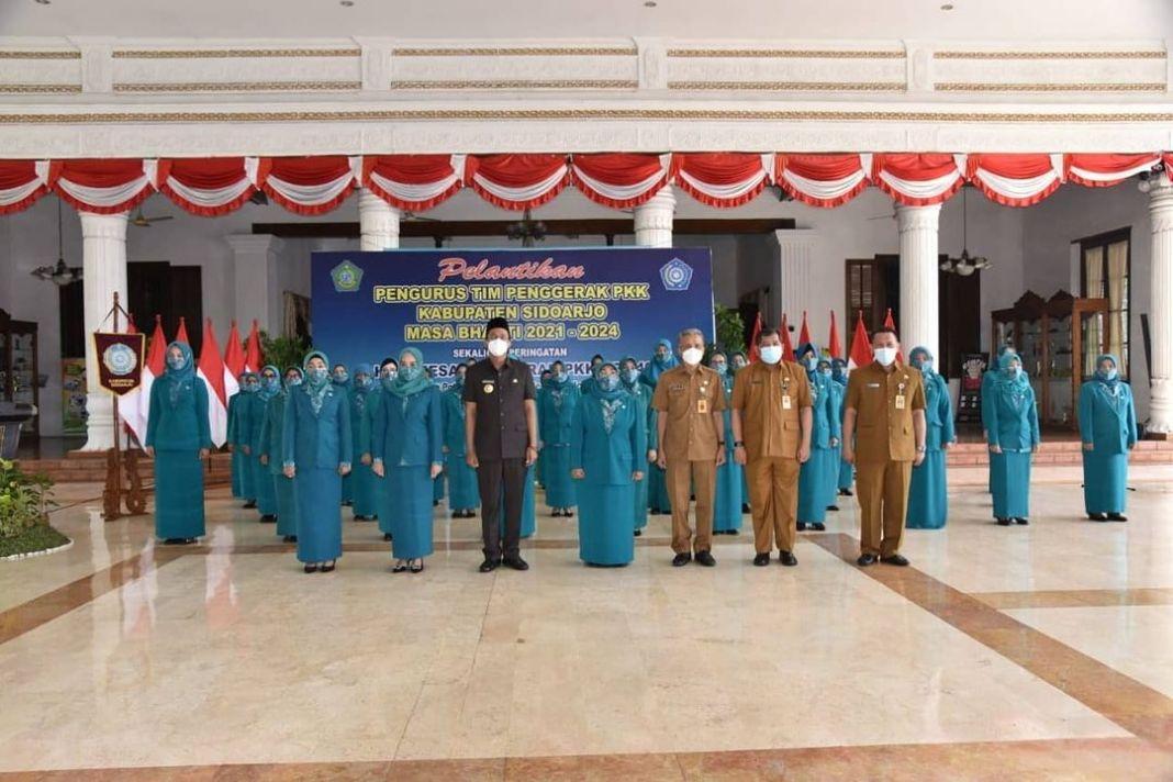 Bupati Gus Muhdlor Lantik Pengurus TP PKK Kabupaten Sidoarjo   KOMINFO, SIDOARJO-TP PKK Kabup…