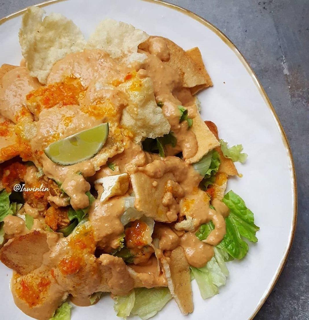 Info kuliner, Yok makan sayur yokk kita untuk Gado Gado Madiun  Bahan gado2 : Tahu putih goreng Tempe goreng S…